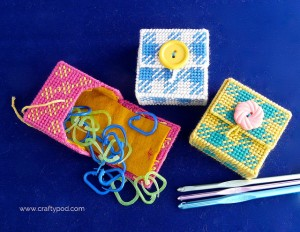 Have a Knitting Friend? Make this Plastic Canvas Marker Holder