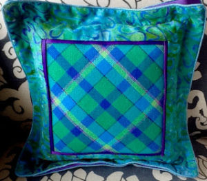 needlepoint argyle or diagonal plaid